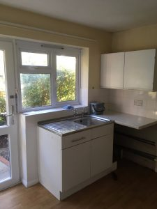 Tenterden Kitchen (Before)